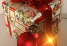 free-photo-christmas-gift-hart
