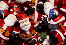 free-photo-christmas-santa-dolls