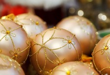 free-photo-gold-christmas-ball-bokeh