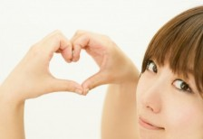free-photo-hand-heart-woman-smile